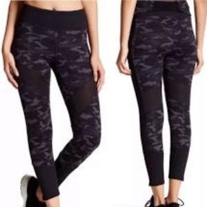 Threads 4 Thought camo & mesh leggings